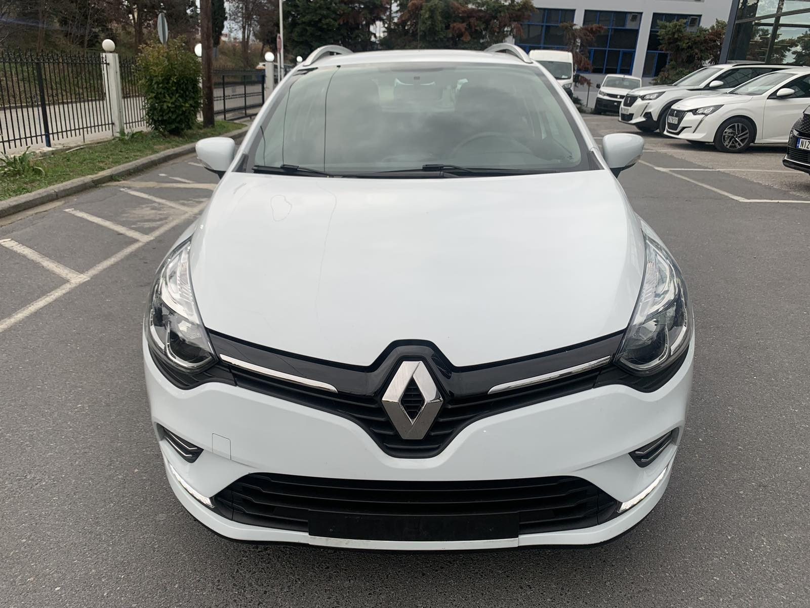 RENAULT CLIO TCe 90 Expression Sport